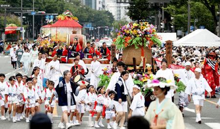 京都・祗園祭、猛烈な暑さのため中止に 今日も危険な暑さ熱中症に厳重な警戒を