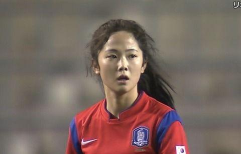 美貌で日本を圧倒したサッカー韓国代表10番、整形前の写真が流出wwwww(画像あり)
