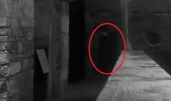 最後に処刑された囚人なのか!?ちょっと名前を呼んでみたらうっかり幽霊が登場した件(イギリス)