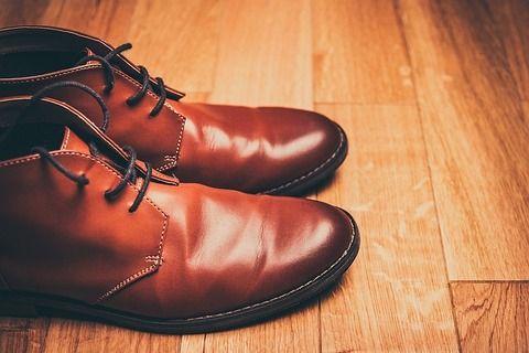 【衝撃】昨日の夜、外に革靴干してた結果wwwwwww