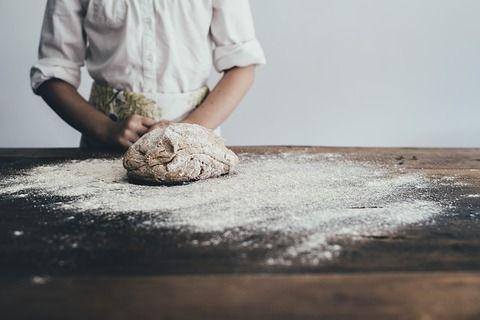 【悲報】ミャンマー人「日本に来れば美味しいパンの作り方が学べると聞いた!!」→結果・・・(画像あり)
