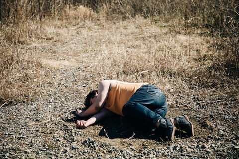 【訃報】無職の兄(24)、妹と弟を包丁で刺殺したあと飛び降り自殺して死亡 → 兄が最後につぶやいた言葉がヤバイ・・・
