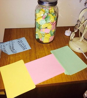 love-notes-365-day-jar-gift-7_R-min