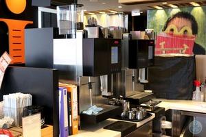マックカフェ-バイ-バリスタのコーヒーマシン