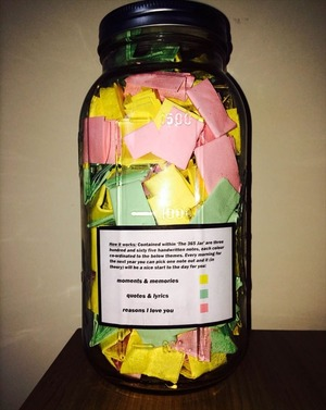 love-notes-365-day-jar-gift-2_R-min