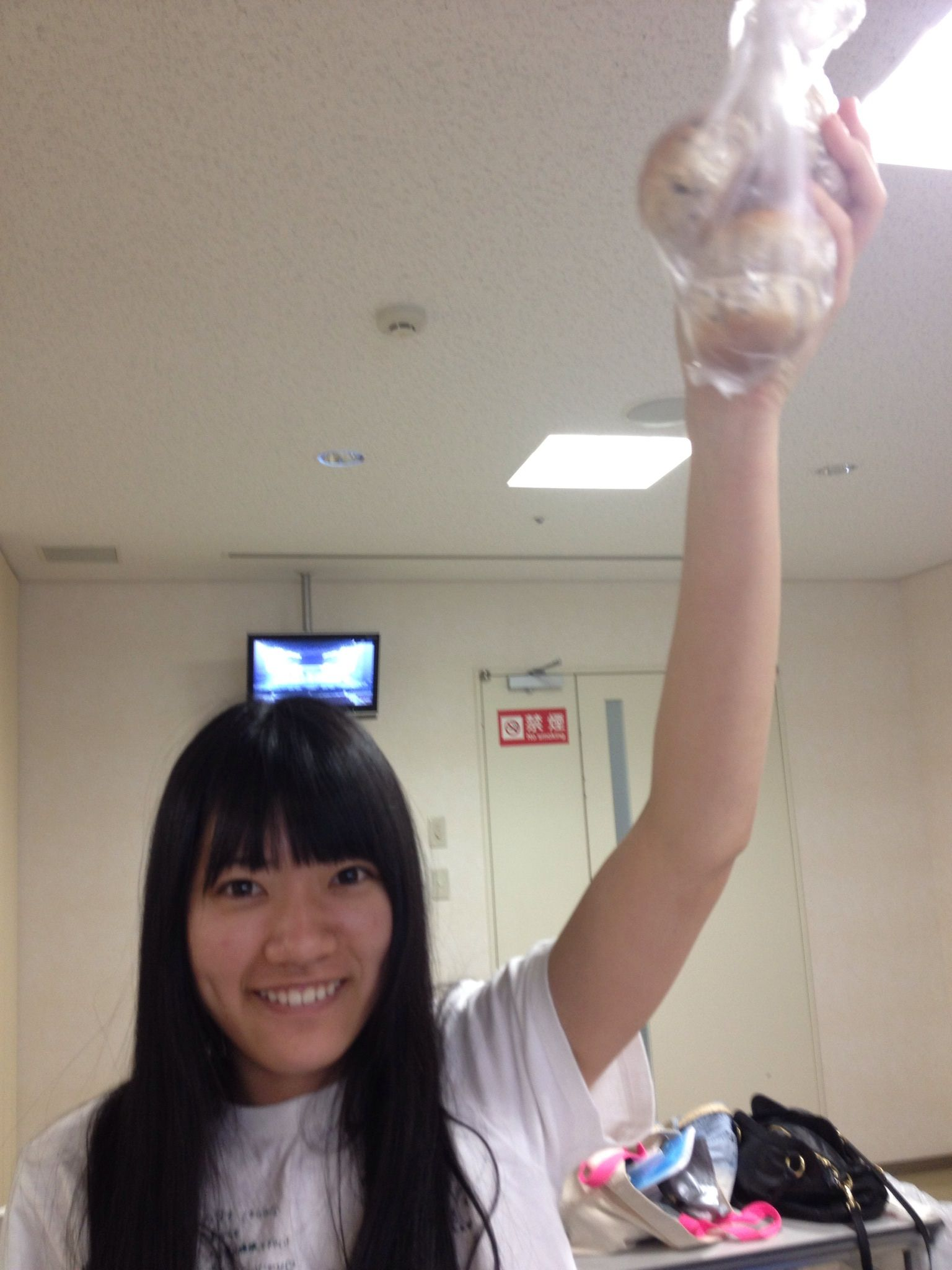 小林亜実 : 自撮りでごまかされない!AKB48「すっぴん」画像集 - NAVER ...