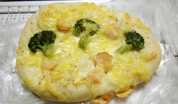 マリアンヌさんのシーフードとチーズのパン