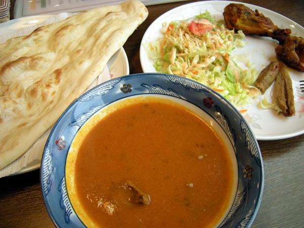 インド料理店 ナンんさのカレー