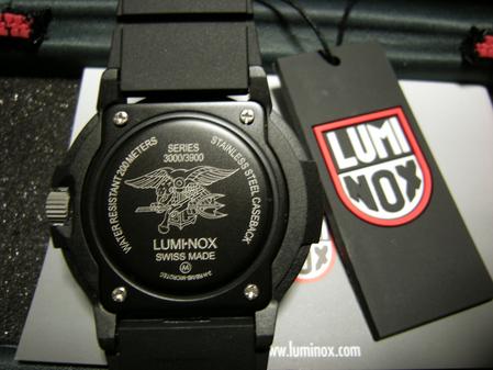 LUMINOX(ルミノックス)3001腕時計 裏蓋
