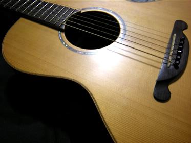 島村楽器Jamesアコースティックギター