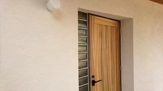 愛媛県 松山市 設計 事務所 無垢材 ドア