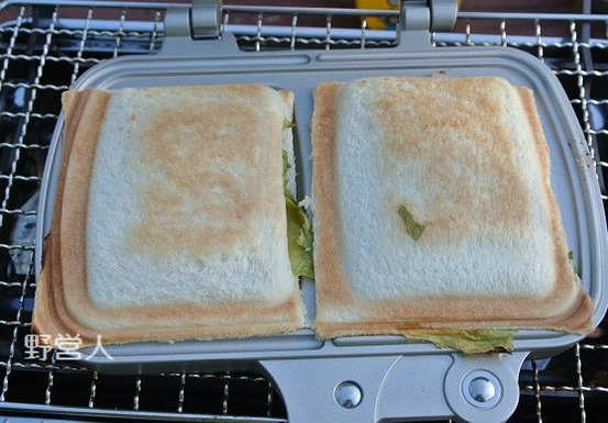 camping-breakfast1604