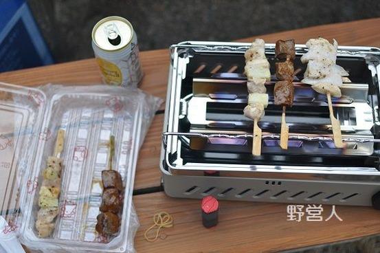 camping-dinner1602