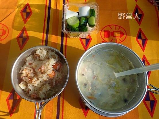 camping-breakfast1610
