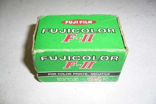 ヤフオク FUJICOLOR F-II 28年前に有効期限切れ(笑)