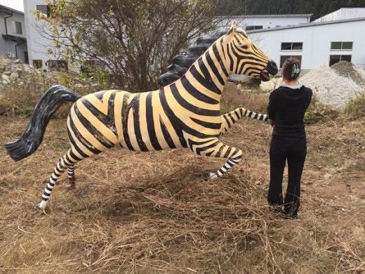 看板。FRP立体造形の馬。オブジェ。動物。大型。大変目立ちます