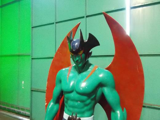 巨大 デビルマン 高さ180センチ ジャンク品 引き取り限定 昭和 アニメ ヒーロー 遊園地