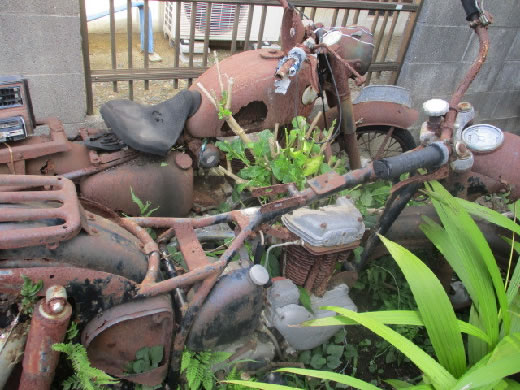アンテツクオートバイ—メグロ.キャプトンエンジンフレームージャンクでの販売です