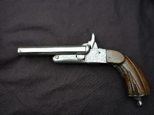 ピン打ち式ピストル 中折れ2連式 古式銃 拳銃 文化財の合法品