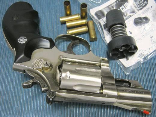 コクサイ製金属 S&W・M19 2.5in 未発火SMG おまけ付