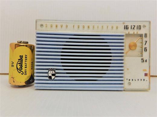 サンヨー トランジスタラジオ 5C-10 青 飾り電池付き SANYO レトロ 管KD0426