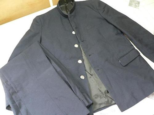 高校の制服
