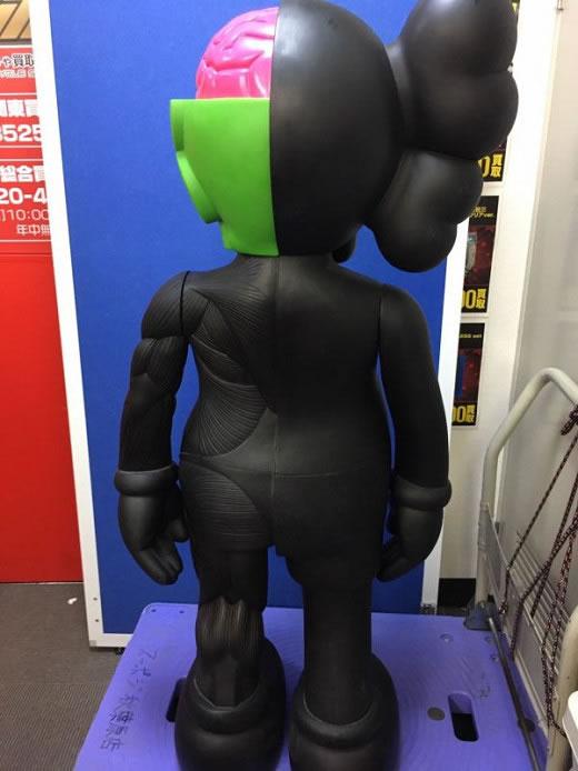 板a854 正規品 kaws companion 人体模型 4feet 黒 ブラック 約120cm オリジナルフェイク カウズ /ベアブリック