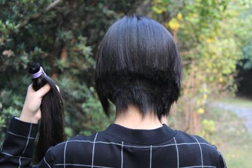 髪束 人毛 髪の毛 ウィッグ エクステなどに 送料込!!22歳学生