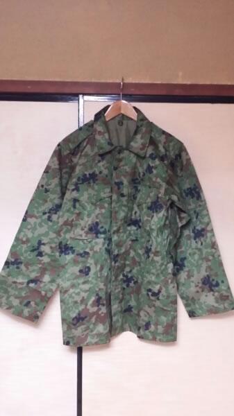 陸上自衛隊 作業服迷彩 新品同様