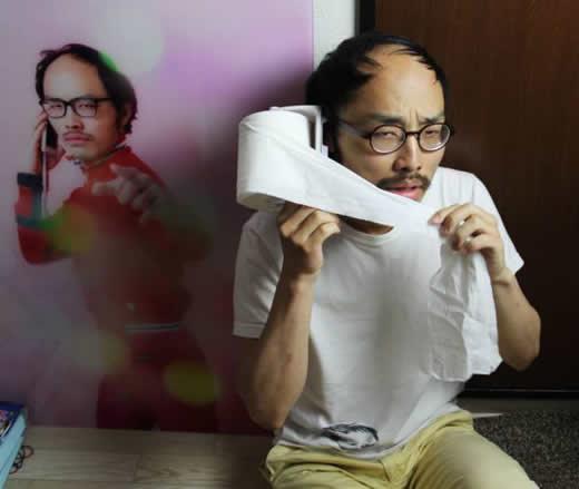 【iPhone5/5s専用】トイレットペーパー付きiPhoneケース