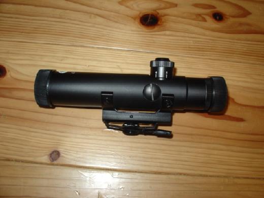 ツァイス zeiss ライフルスコープ ドイツ製 VaripointV 1.1-4×24 イルミネートレチクル0 レチクル照明交換済 中古美品