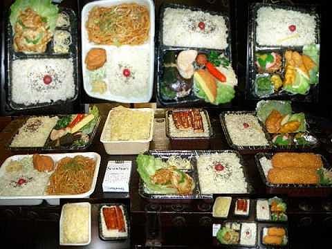 ヤフオク 7個で100円 食品サンプル 弁当 中古品。