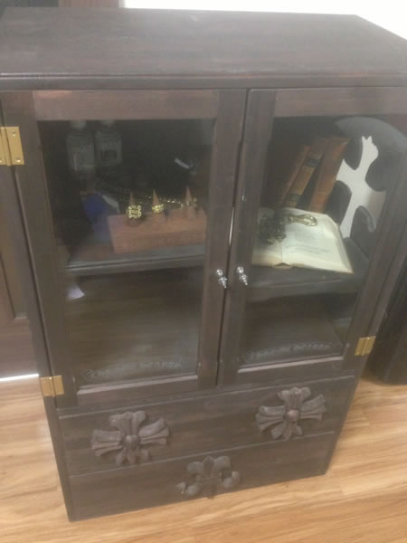 クロムハーツ非売品ウッドガラス飾り棚