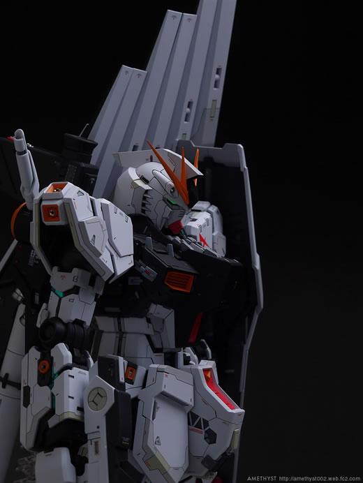 1/100 MG RX-93 νガンダム Ver.Ka 改修塗装済完成品