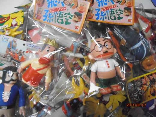 駄菓子屋閉店・ブルマァク他年代物経年品ソフビ63個未使用品