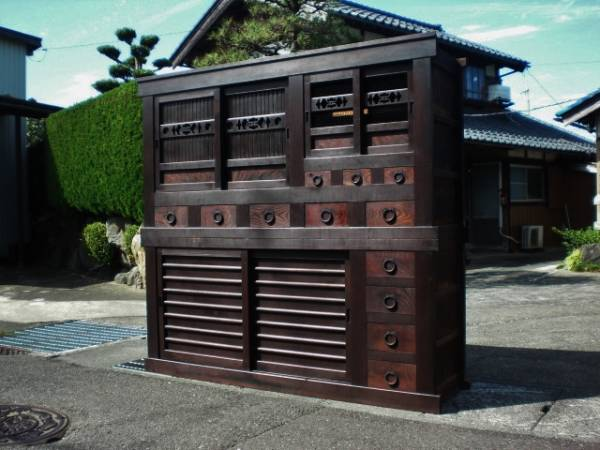 【兎】近江六尺水屋箪笥 のぼり(時代物戸棚車箪笥古民家蔵戸)
