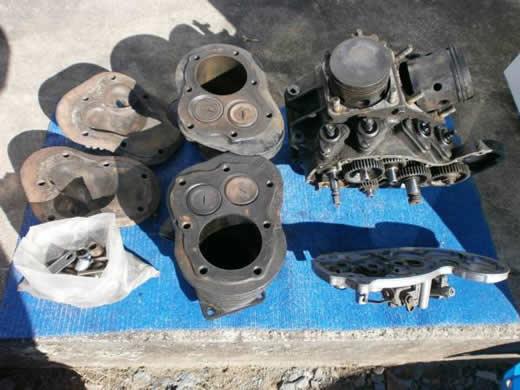陸王、ハーレー1200から外したエンジン1台分です。
