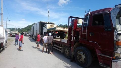 スービックトラック輸入