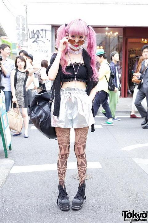 日本の奇抜なファッション (2)