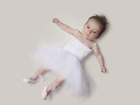 赤ちゃんのコスプレ (2)