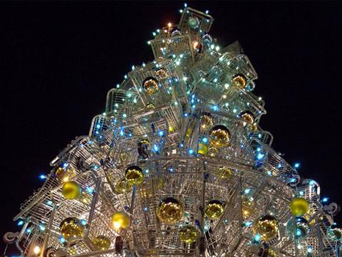 ちょっと変わったクリスマスツリー (8)