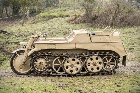 ナチスドイツ軍のバイク装甲車がオークションへ4