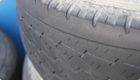 タイヤを購入して半年しか経ってないけどツルツル
