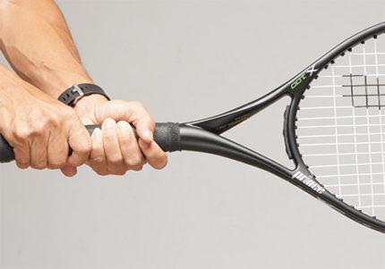 40歳無職男、男子テニス部のラケット盗み逮捕