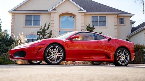 トランプ米大統領が所有していた「フェラーリ」が競売に