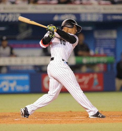 ロエル・サントス(29)打率.322(90-29) 5二塁打 出塁率.351 OPS.729