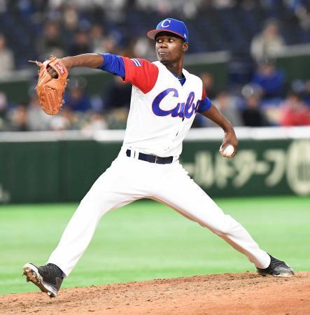 キューバ代表左腕モイネロ、ソフトバンクと契約へ