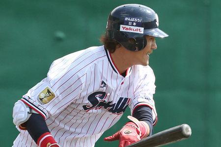 【朗報】ヤクルト坂口さん、打率、出塁率共にリーグ1位になってしまう