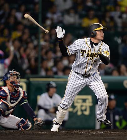 三大バット投げが美しい野球選手