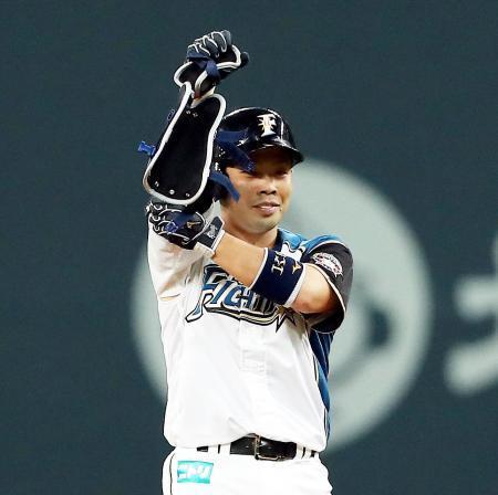 日本ハム近藤が椎間板ヘルニア手術へ 今季復帰絶望的